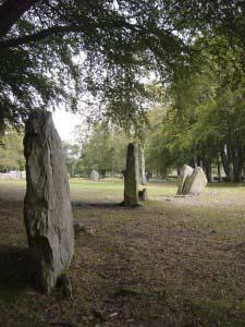 кольцо из стоящих камней, Пирамиды в Клаве, Шотландия