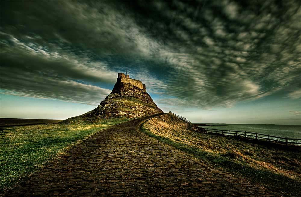 Линдисфарн остров как будет по английски до востребования