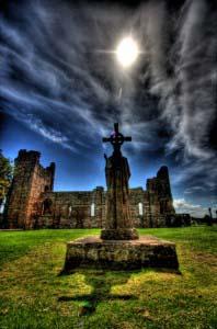 статуя святого Айдана, Святой Остров (Линдисфарн), Англия